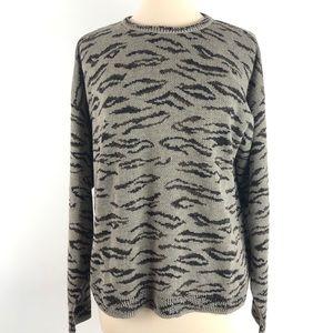 JOAN VASS Women's Large Leopard Crewneck Sweater